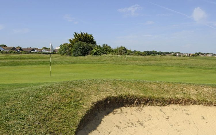 WBGC - 11TH HOLE - THE GREEN WITH BUNKER FOREGROUND