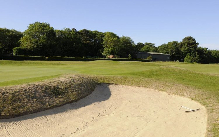 WBGC - 15TH HOLE - GREEN AND BUNKER