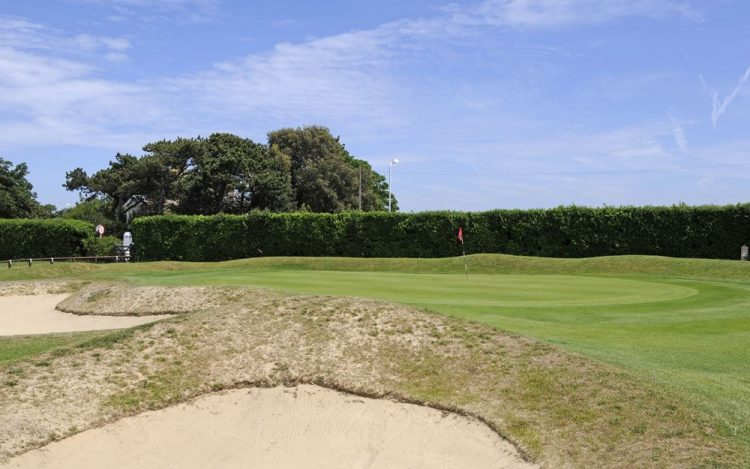 WBGC - 15TH HOLE - GREEN AND BUNKERS 2