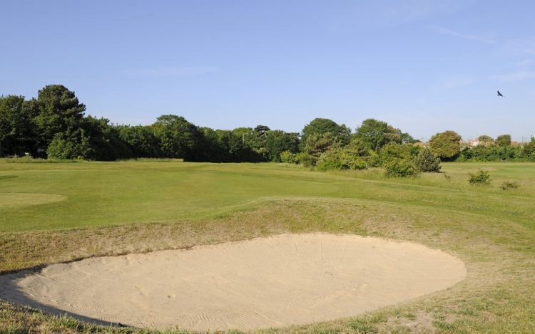 WBGC - 15TH HOLE - VIEW OVER BUNKER TOWARDS TEE