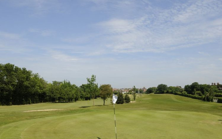 WBGC - 2ND HOLE - VIEW BACK OVER THE GREEN TO FAIRWAY