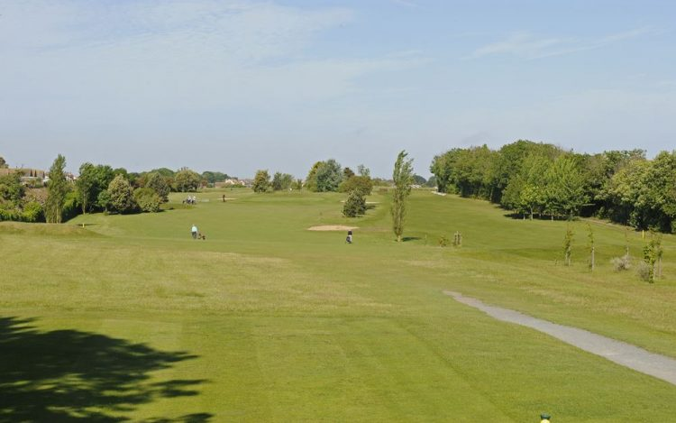 WBGC - 2ND HOLE - VIEW FROM THE TEE (YELLOW)