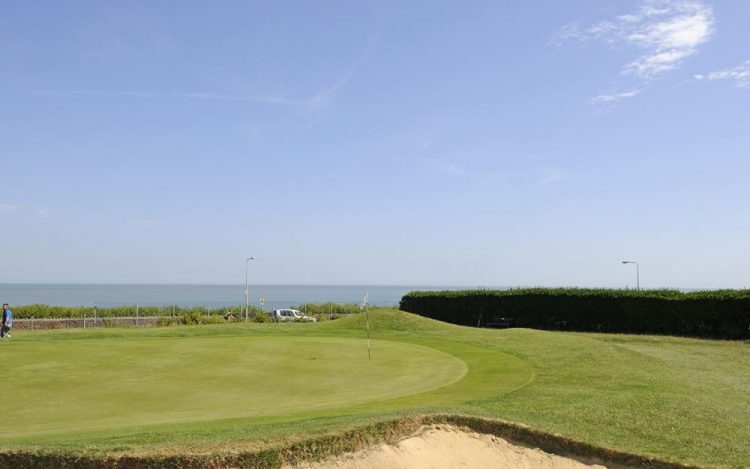 WBGC - 8TH HOLE - VIEW OVER BUNKER TO GREEN AND SEA 3