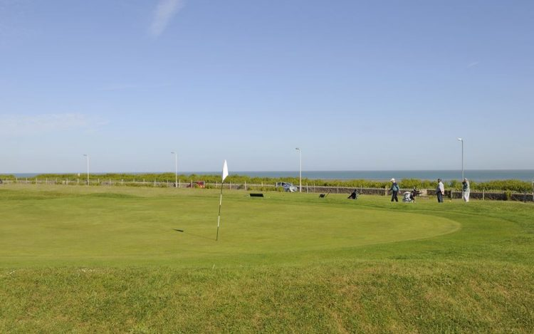 WBGC - 8TH HOLE - VIEW OVER GREEN TO 9TH TEE AND SEA